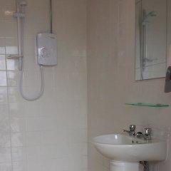 Отель The Little Hide - Grown Up Glamping Великобритания, Йорк - отзывы, цены и фото номеров - забронировать отель The Little Hide - Grown Up Glamping онлайн ванная фото 2