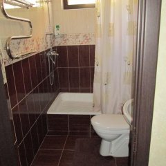 Гостиница в Центре Адлера в Сочи отзывы, цены и фото номеров - забронировать гостиницу в Центре Адлера онлайн ванная фото 2