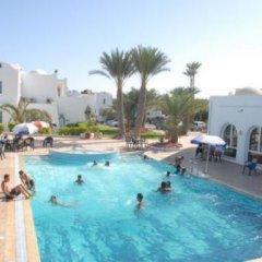 Отель Menzel Dija Appart-Hotel Тунис, Мидун - отзывы, цены и фото номеров - забронировать отель Menzel Dija Appart-Hotel онлайн бассейн фото 3