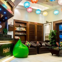 Raja Hotel интерьер отеля