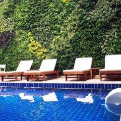 Dinso Mon Hotel бассейн