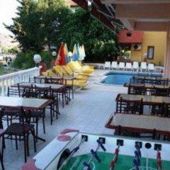 Kemalbutik Hotel бассейн