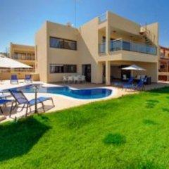 Отель Mike & Lenos Tsoukkas Seaview Apartments Кипр, Протарас - отзывы, цены и фото номеров - забронировать отель Mike & Lenos Tsoukkas Seaview Apartments онлайн бассейн