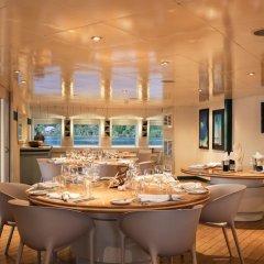 Отель Haumana Cruises - Bora-Bora to Taha'a (Monday to Thursday) Французская Полинезия, Бора-Бора - отзывы, цены и фото номеров - забронировать отель Haumana Cruises - Bora-Bora to Taha'a (Monday to Thursday) онлайн питание