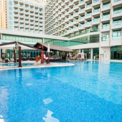 Отель Hilton Dubai Jumeirah бассейн