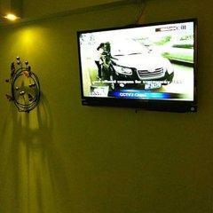 Отель Indeco Bangkok Bed & Breakfast интерьер отеля фото 3