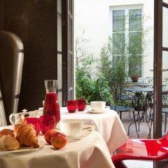 Hotel Le Petit Paris Париж в номере