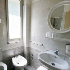Отель ARLINO Римини ванная фото 2