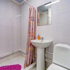 Гостиница 12 Chairs в Санкт-Петербурге отзывы, цены и фото номеров - забронировать гостиницу 12 Chairs онлайн Санкт-Петербург ванная фото 2