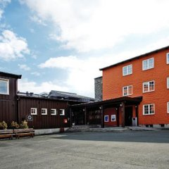 Отель Roros Hotell парковка
