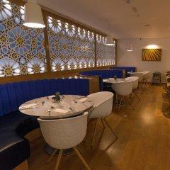 Отель Premier Inn Dubai International Airport гостиничный бар