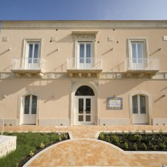 Отель Villa Fanusa Италия, Сиракуза - отзывы, цены и фото номеров - забронировать отель Villa Fanusa онлайн вид на фасад
