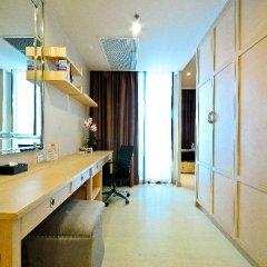 Отель Admiral Premier Sukhumvit 23 By Compass Hospitality Бангкок удобства в номере