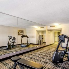 Отель Quality Inn & Suites Denver Stapleton фитнесс-зал фото 3