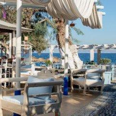 Отель Sea Side Beach Hotel Греция, Остров Санторини - отзывы, цены и фото номеров - забронировать отель Sea Side Beach Hotel онлайн гостиничный бар