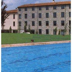 Отель Comtes de Queralt Испания, Санта-Колома-де-Керальт - отзывы, цены и фото номеров - забронировать отель Comtes de Queralt онлайн бассейн фото 2