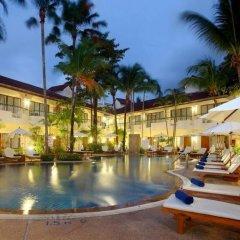 Отель Horizon Patong Beach Resort & Spa бассейн фото 3