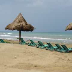 Отель Trujillo Beach Eco-Resort пляж