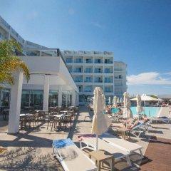 Evalena Beach Hotel пляж