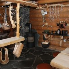 Отель Engholm Husky Design Lodge питание