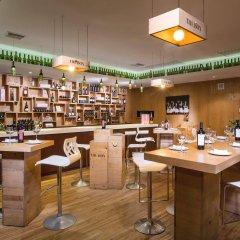 Отель Now Emerald Cancun (ex.Grand Oasis Sens) Мексика, Канкун - отзывы, цены и фото номеров - забронировать отель Now Emerald Cancun (ex.Grand Oasis Sens) онлайн гостиничный бар