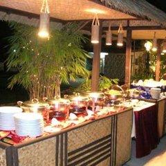 Отель Mandalay Swan питание