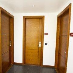 Отель Crown Arena Мале интерьер отеля