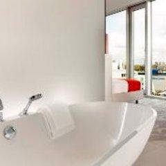 Отель art'otel cologne, by Park Plaza Германия, Кёльн - 4 отзыва об отеле, цены и фото номеров - забронировать отель art'otel cologne, by Park Plaza онлайн ванная