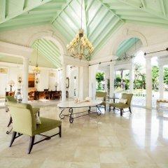 Отель The Palms Turks and Caicos интерьер отеля