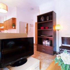 Отель Apartamentos Living Valencia Валенсия комната для гостей фото 2