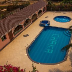 Отель Chaka Resort & Extension бассейн