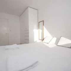 Отель Veeve Top Of The World White Lion Street 2 Bed Penthouse Islington Лондон комната для гостей фото 2