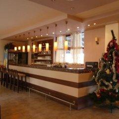 Edelweiss Park Hotel гостиничный бар