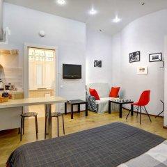 Апартаменты Apartments Logic Hall комната для гостей