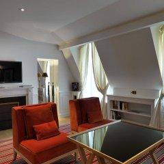 Отель Marquis Faubourg Saint Honoré - Relais & Châteaux Франция, Париж - 1 отзыв об отеле, цены и фото номеров - забронировать отель Marquis Faubourg Saint Honoré - Relais & Châteaux онлайн удобства в номере