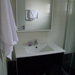 Отель Villa August Ksamil Албания, Ксамил - отзывы, цены и фото номеров - забронировать отель Villa August Ksamil онлайн ванная фото 2