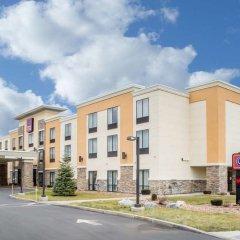 Отель Comfort Suites Cicero парковка