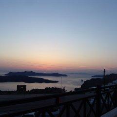 Отель IfestAu.4 Греция, Остров Санторини - отзывы, цены и фото номеров - забронировать отель IfestAu.4 онлайн балкон