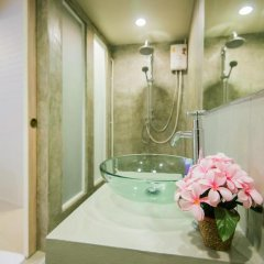 Отель Phuket Montre Resotel Пхукет ванная