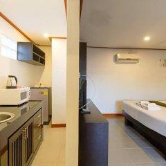Отель Naiharn Retreat Resort Пхукет в номере