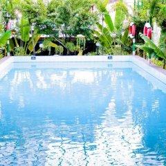 Royal Hotel Saigon бассейн фото 2