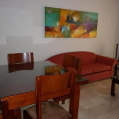Отель Suites House Centenario Колумбия, Кали - отзывы, цены и фото номеров - забронировать отель Suites House Centenario онлайн комната для гостей фото 3