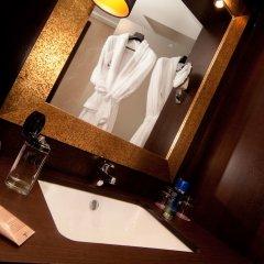 Отель Ayre Hotel Astoria Palace Испания, Валенсия - 1 отзыв об отеле, цены и фото номеров - забронировать отель Ayre Hotel Astoria Palace онлайн ванная
