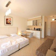 Отель Menada Grand Resort Apartments Болгария, Дюны - отзывы, цены и фото номеров - забронировать отель Menada Grand Resort Apartments онлайн комната для гостей фото 4