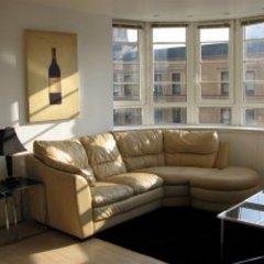 Отель Glasgow Central Clock Tower Boutique Suites And Bistro комната для гостей фото 4