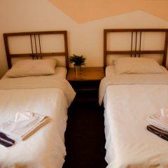 Отель Жилое помещение Мир на Невском Санкт-Петербург комната для гостей фото 3