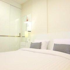 Отель The Base Residence Phuket Town By Moni Таиланд, Пхукет - отзывы, цены и фото номеров - забронировать отель The Base Residence Phuket Town By Moni онлайн комната для гостей фото 3