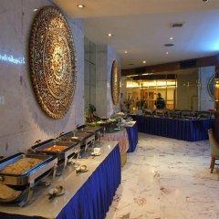 Ratchada City Hotel питание
