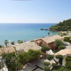 Отель Corfu Glyfada Menigos Resort пляж фото 5