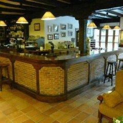 Отель El Caserío Камалено гостиничный бар